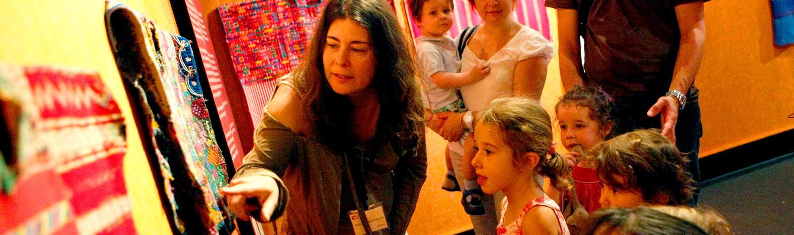 Visite jeune public au musée Bargoin à Clermont