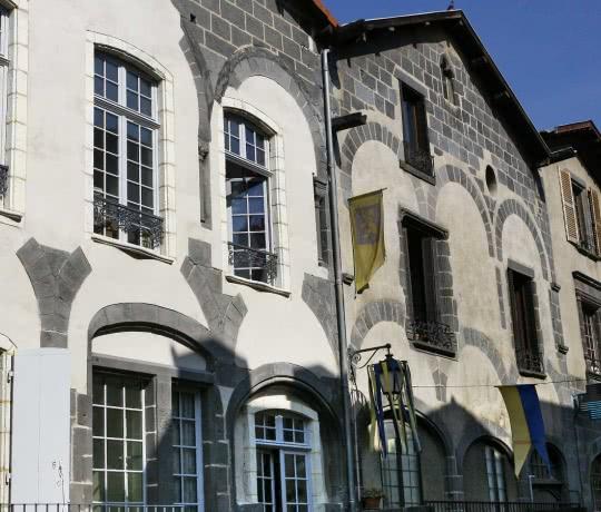 Rue Montferrand