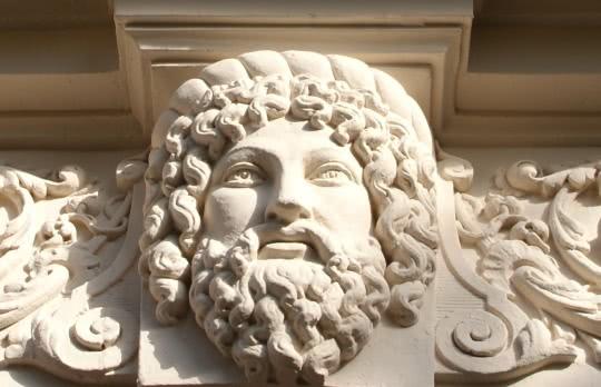 Sculpture Castel Hôtel
