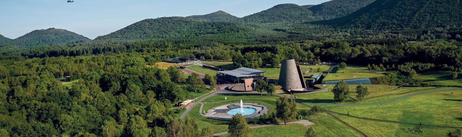 Vulcania-au-coeur-des-volcans-d-Auvergne