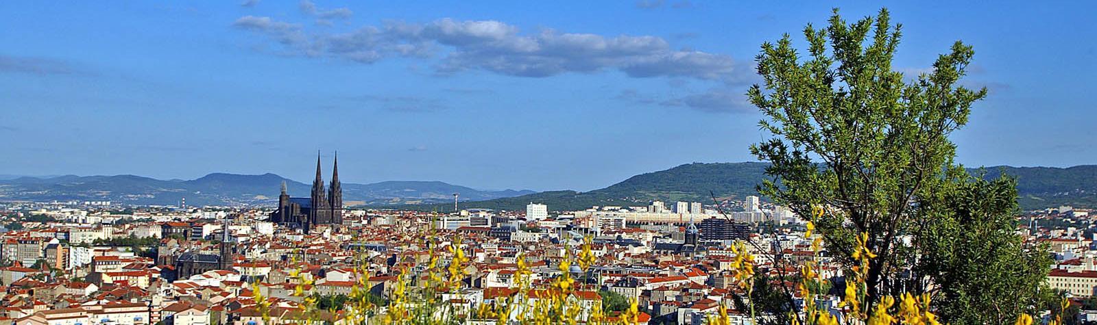 Panorama sur Clermont et sa métropole