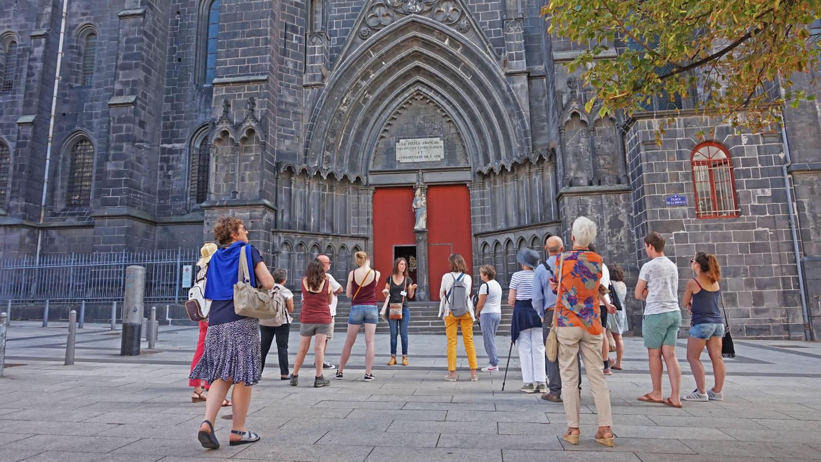 © Visite guidée de la cathédrale de Clermont