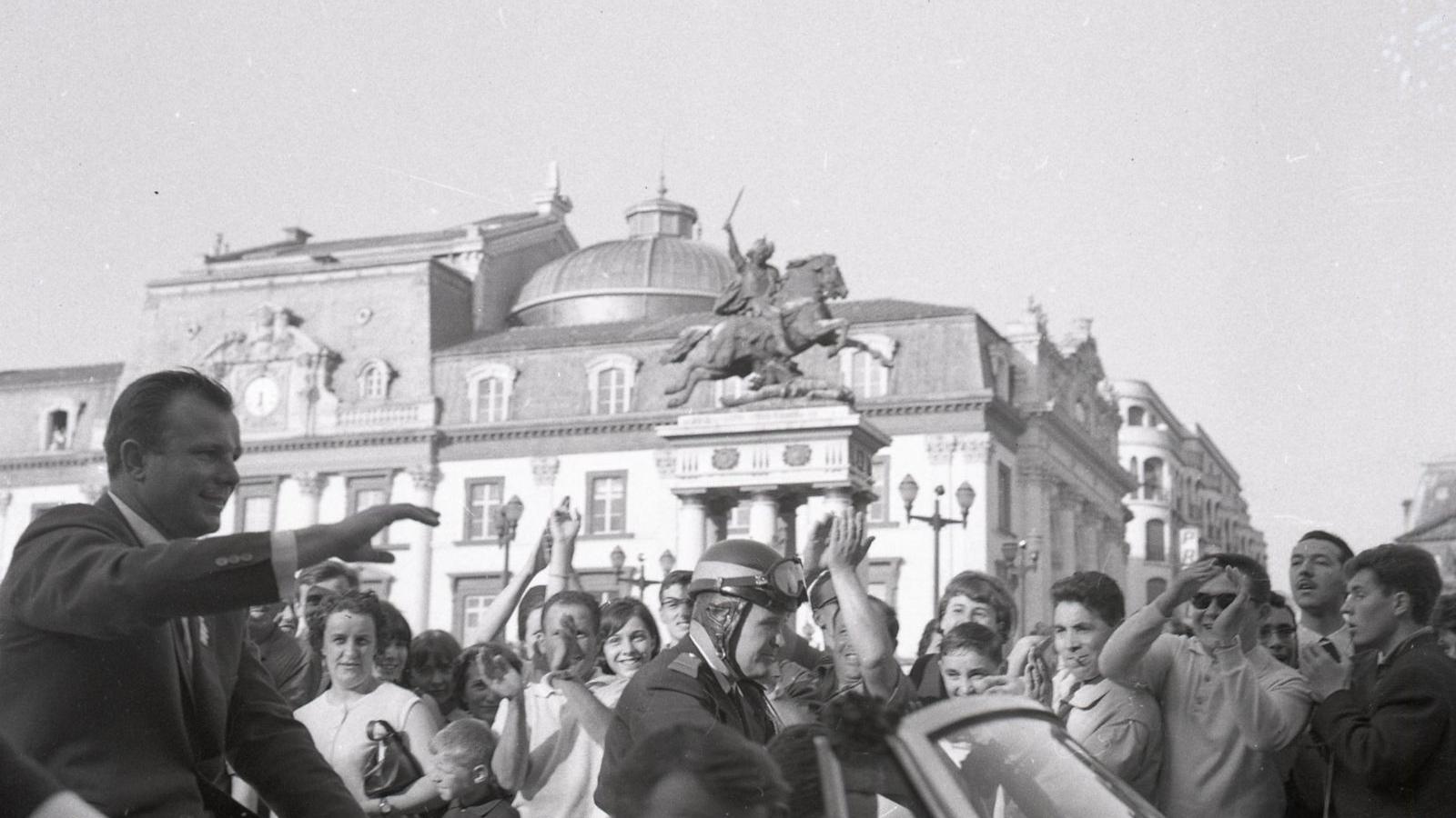 © Youri Gagarine, place de Jaude