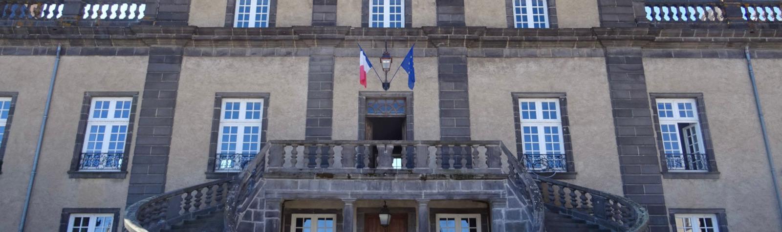 © Hôtel de ville Pont-du-Château