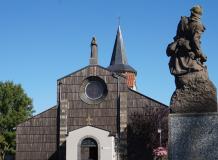 Place Saint-Julien à Orcines