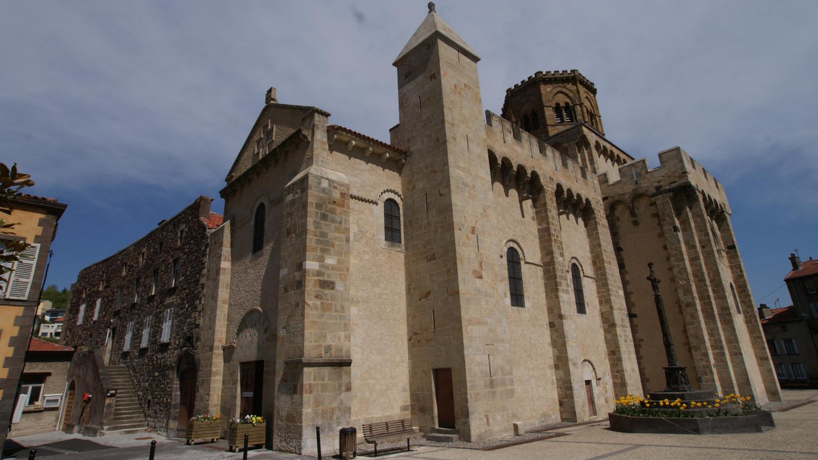 © Église Saint-Léger à Royat