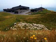 Le puy de Dôme (sommet et moutons)