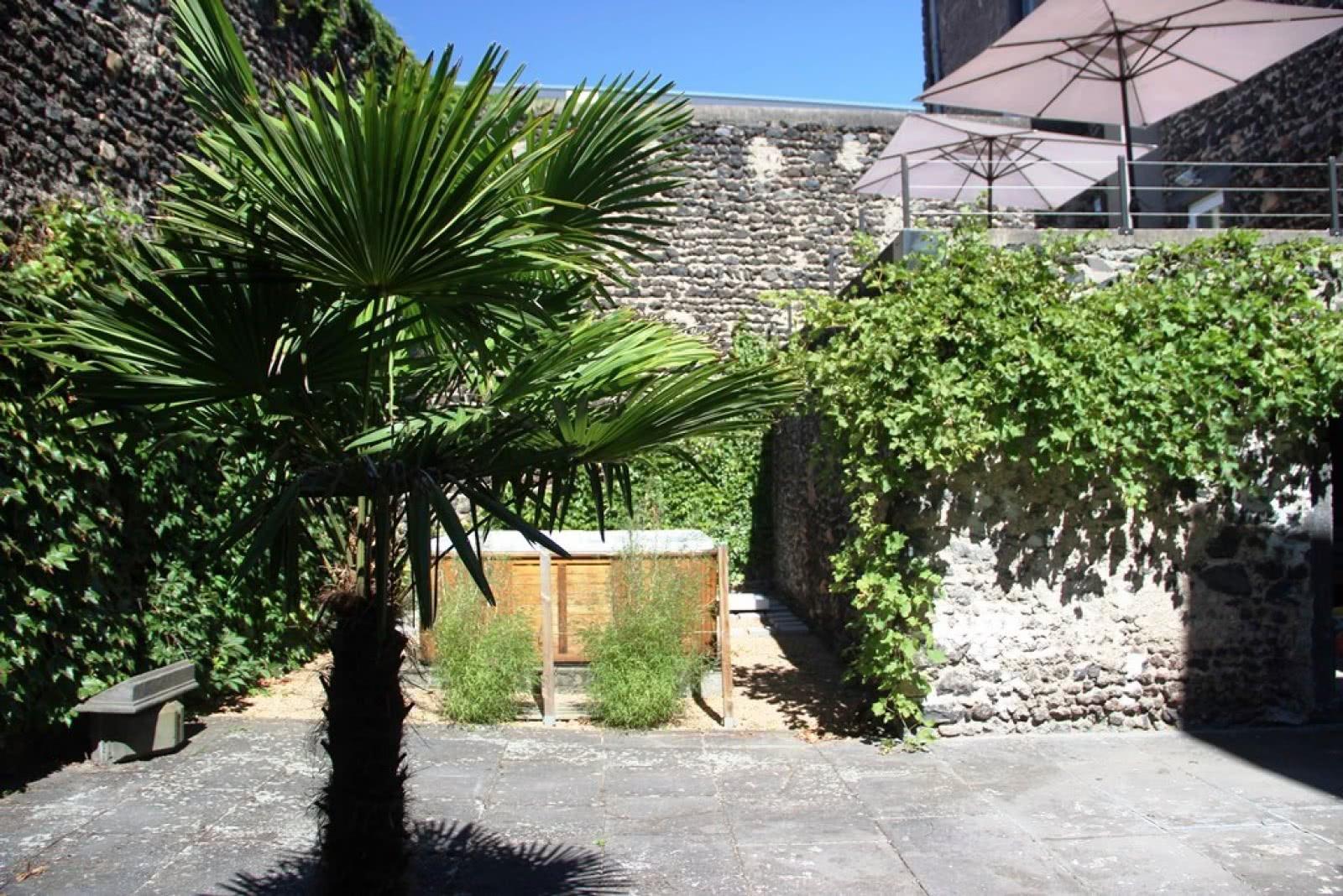 Clos beaumont clermont auvergne tourisme - Petit jardin tropical clermont ferrand ...