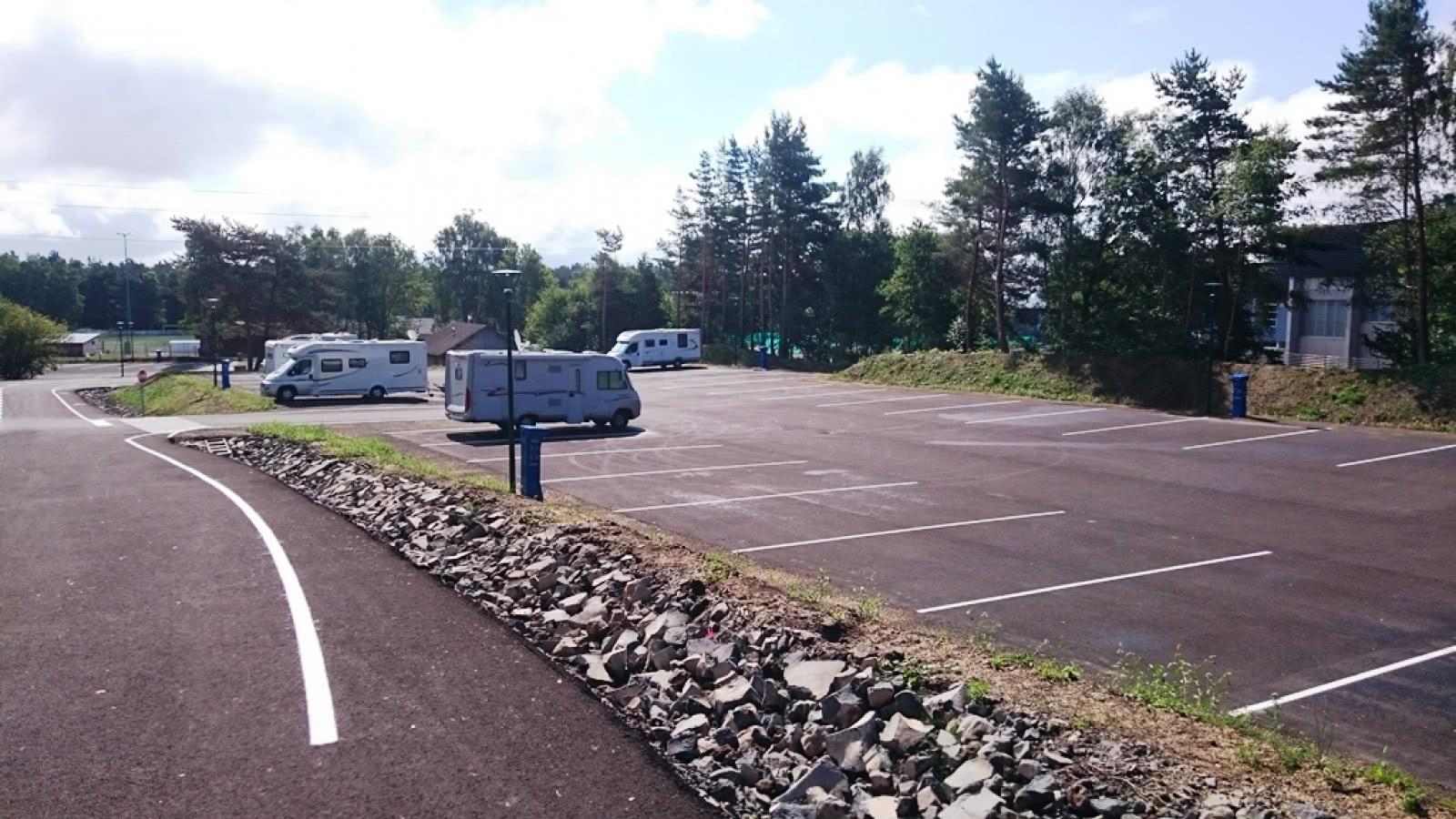 Aire de service de camping car d 39 orcines clermont for Salon du camping car clermont ferrand
