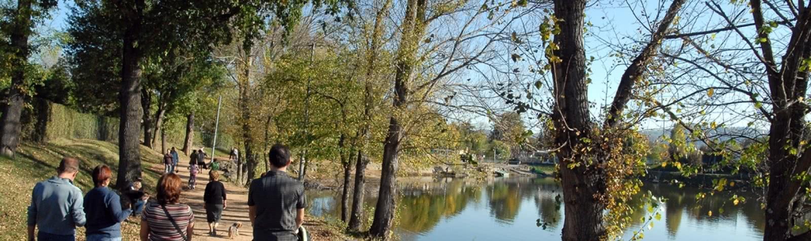 © Plan d'eau zone de loisirs Cournon-d'Auvergne