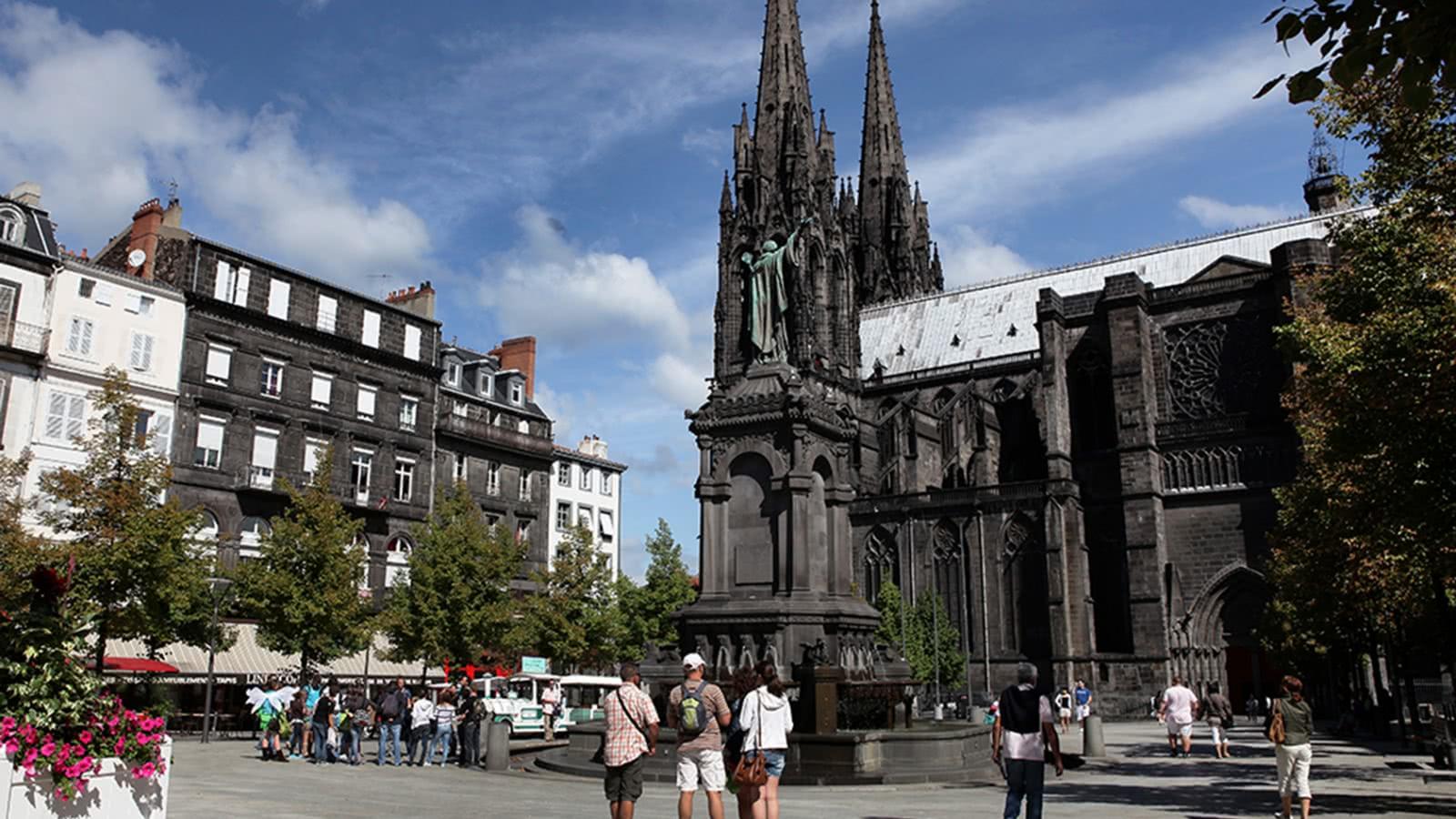Clermont ferrand tourisme