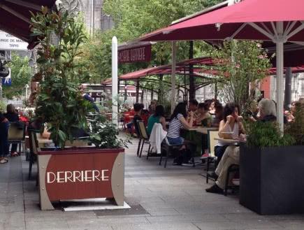 Brasserie Derriere
