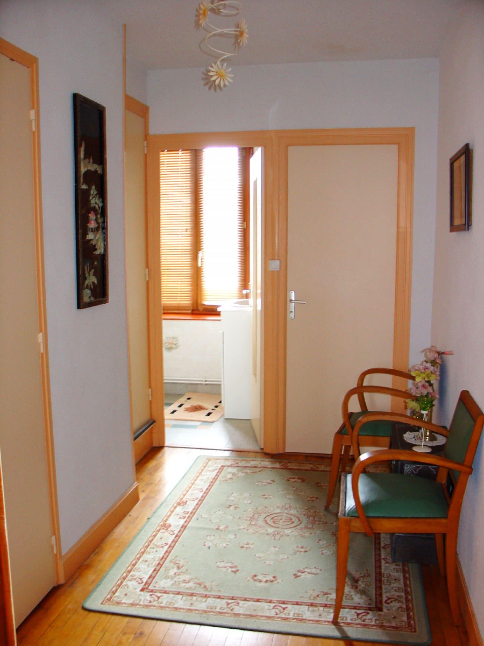 g te valleix 225 clermont auvergne tourisme. Black Bedroom Furniture Sets. Home Design Ideas