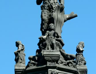 Fontaine d'Amboise à Clermont