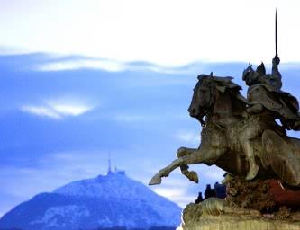 Vercingetorix, statue de BartholdiVercingetorix, statue de Bartholdi