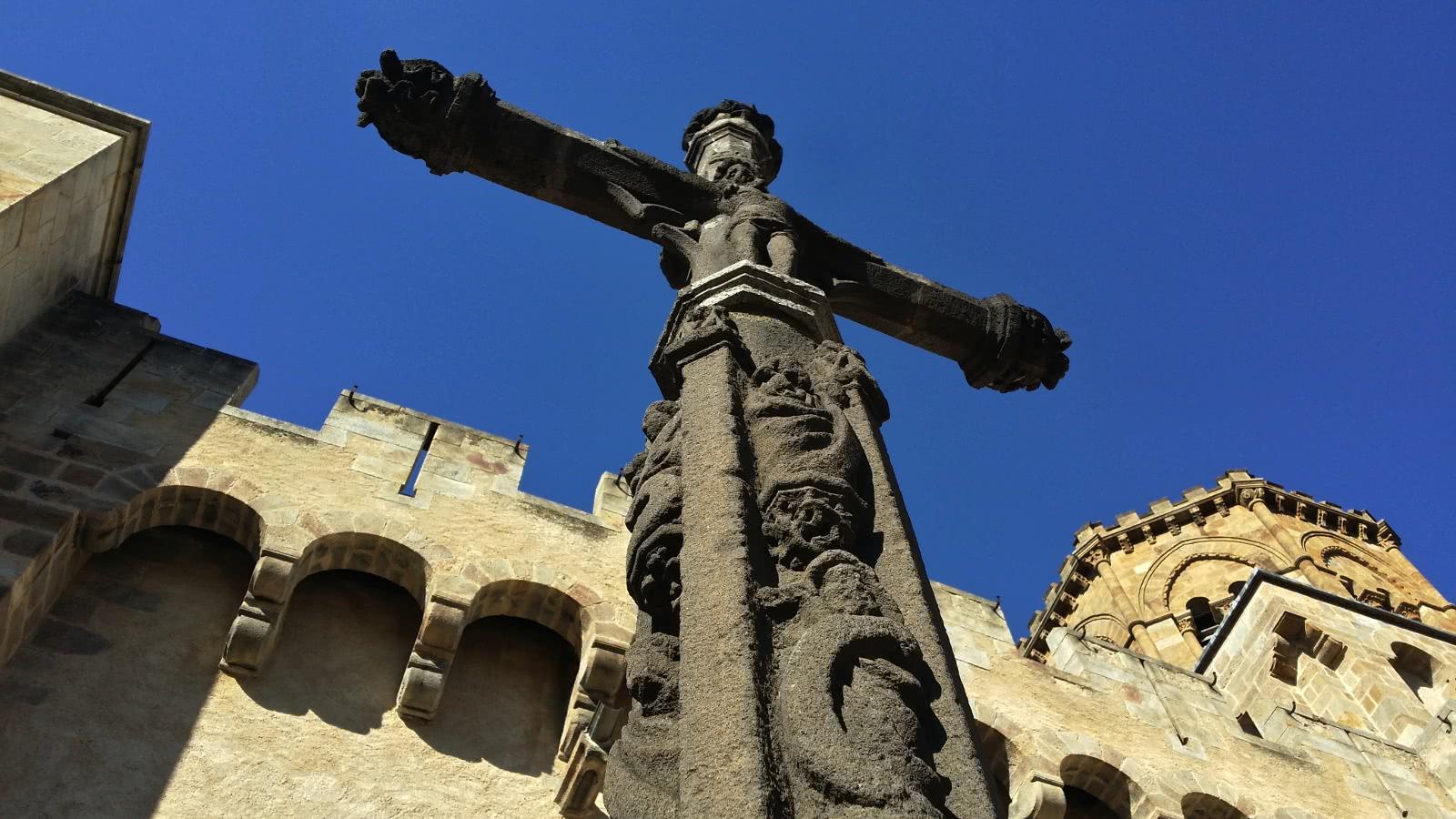 croix des apôtres, Royat