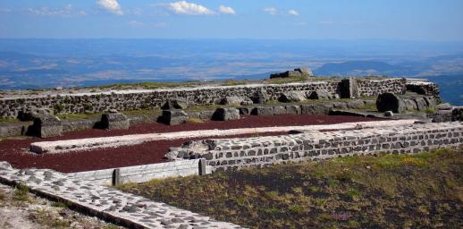Temple de Mercure au sommet du puy de Dôme
