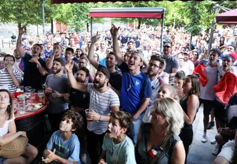 Demie-finale de la Coupe du Monde FIFA 2018 sur la place de la Victoire - ©Direction de la Communication Ville de Clermont-Ferrand