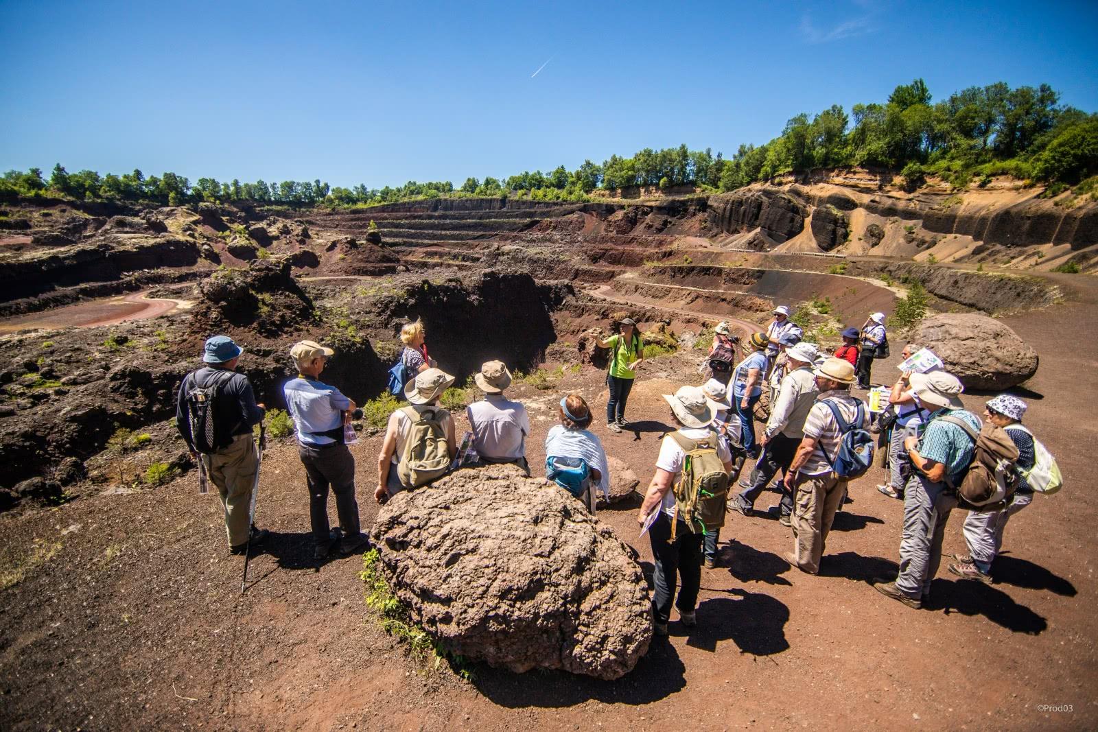 Volcan De Lemptgy Visite Guide