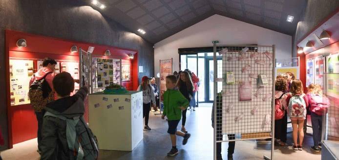 Exposition: La Chaîne des Puys-faille de Limagne à l'UNESCO...Explore et protège ton patrimoine mondial !