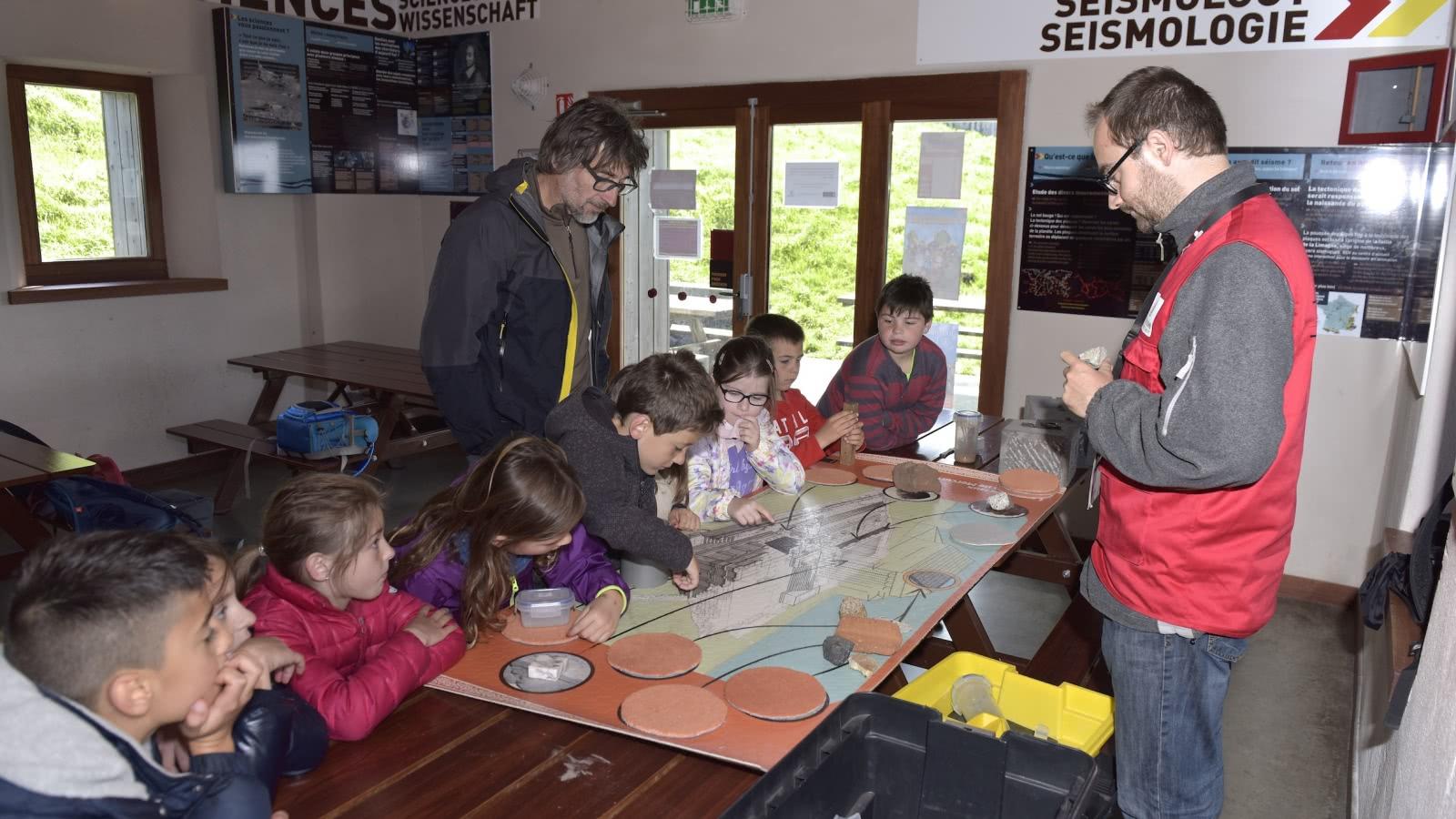Atelier jeune public (9 - 14 ans) : construis ta maquette du temple de Mercure à l'époque des gallo-romain.