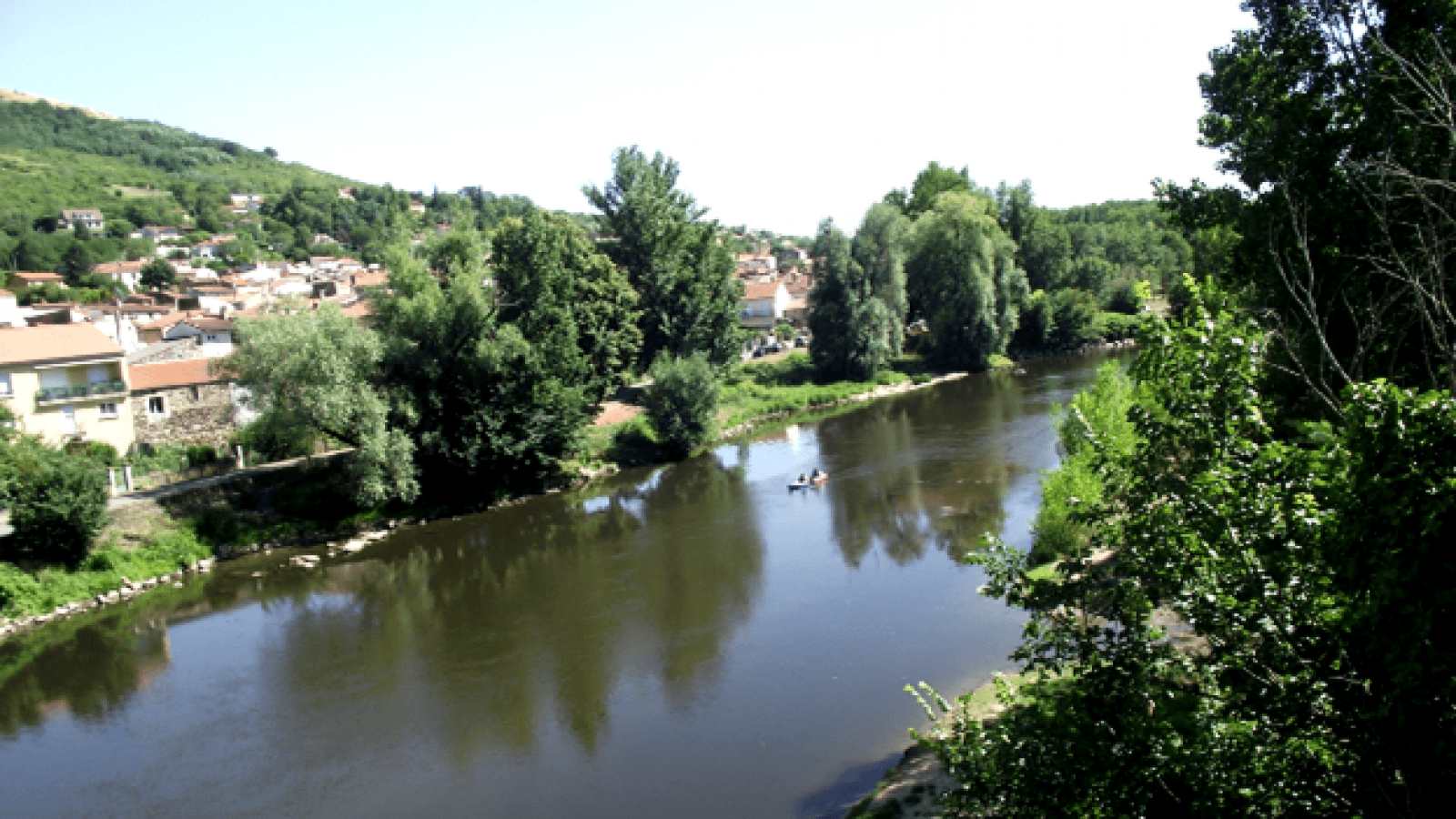 Via Allier (V70), la Véloroute le long de l'Allier