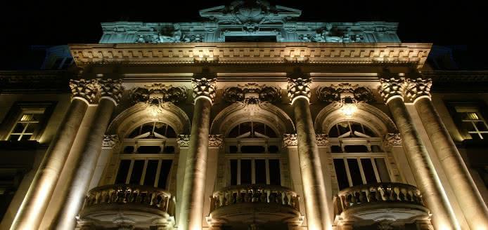 Illuminations de Noël sur l'Opéra-Théâtre