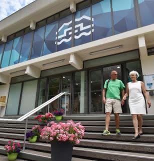 Spa à Châteauneuf-les-Bains Bâtiment d'accueil