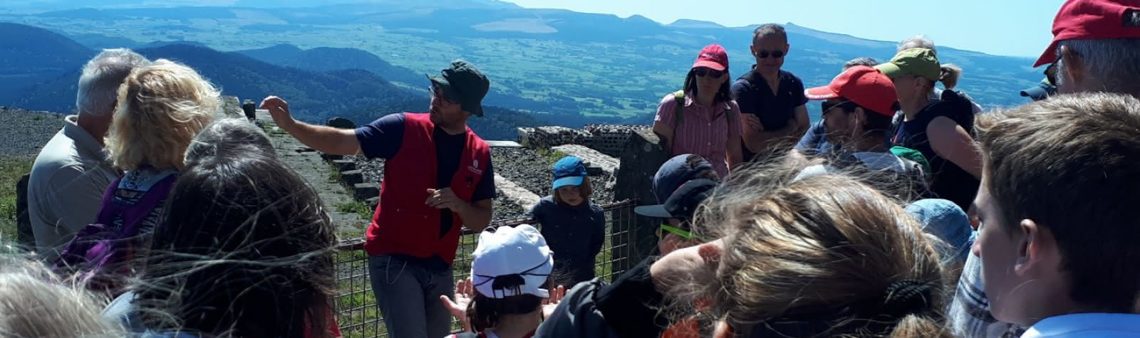 "Guided tour ""Discovering the puy de Dôme"""
