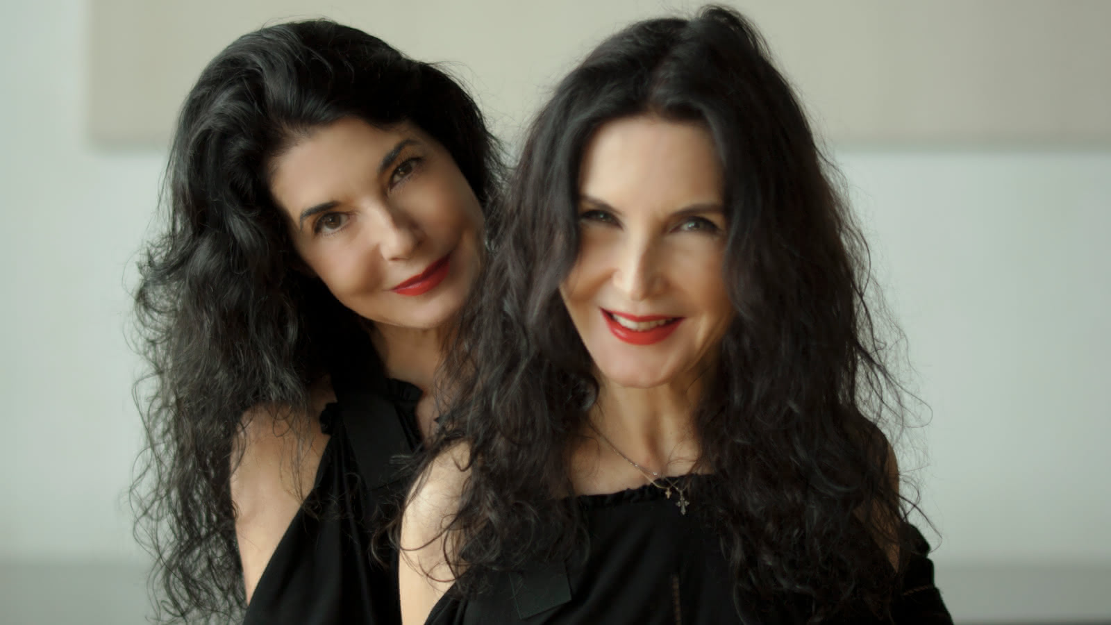 La Comédie : Katia et Marielle Labèque et le quatuor Debussy jouent Philip Glass