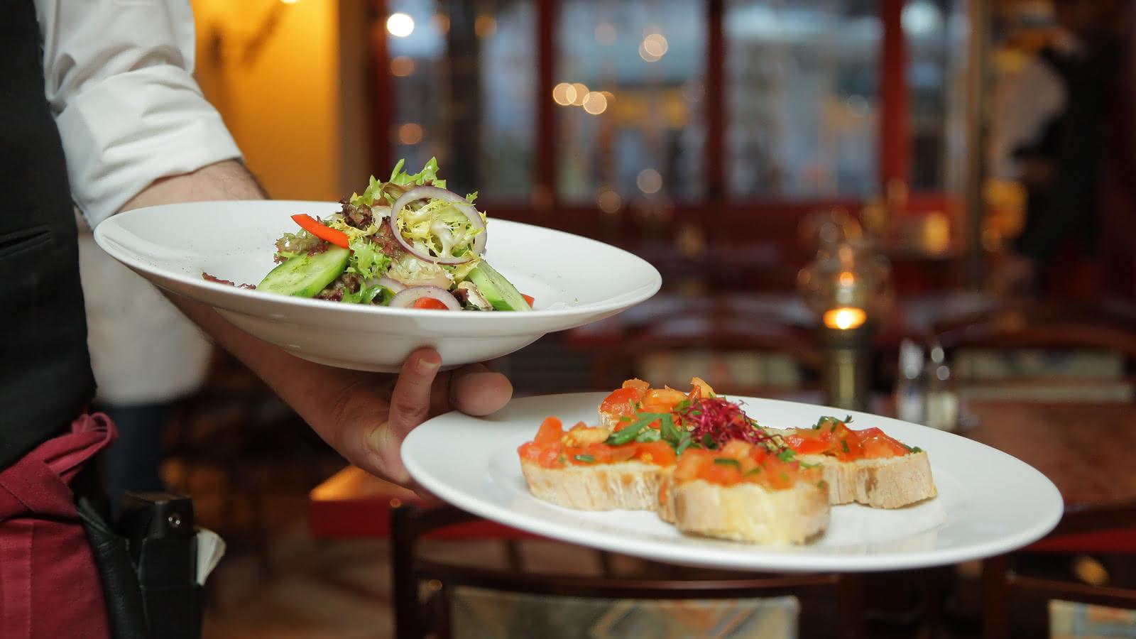 © Bar Hôtel Restaurant de la Gare