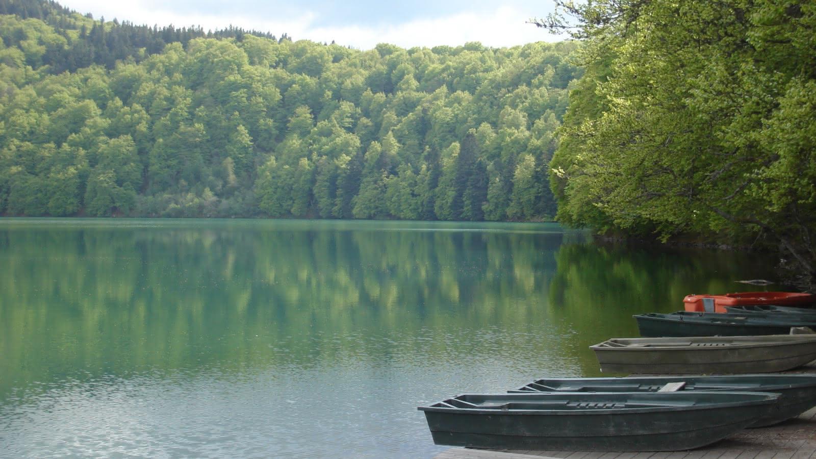 © Les escapades du dimanche : Sur les rives des lacs auvergnats...