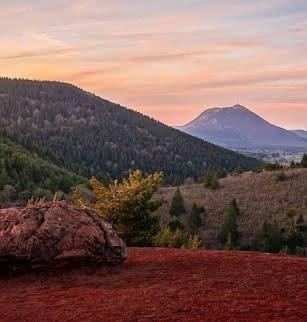 GR® 441: Le tour des volcans d'Auvergne