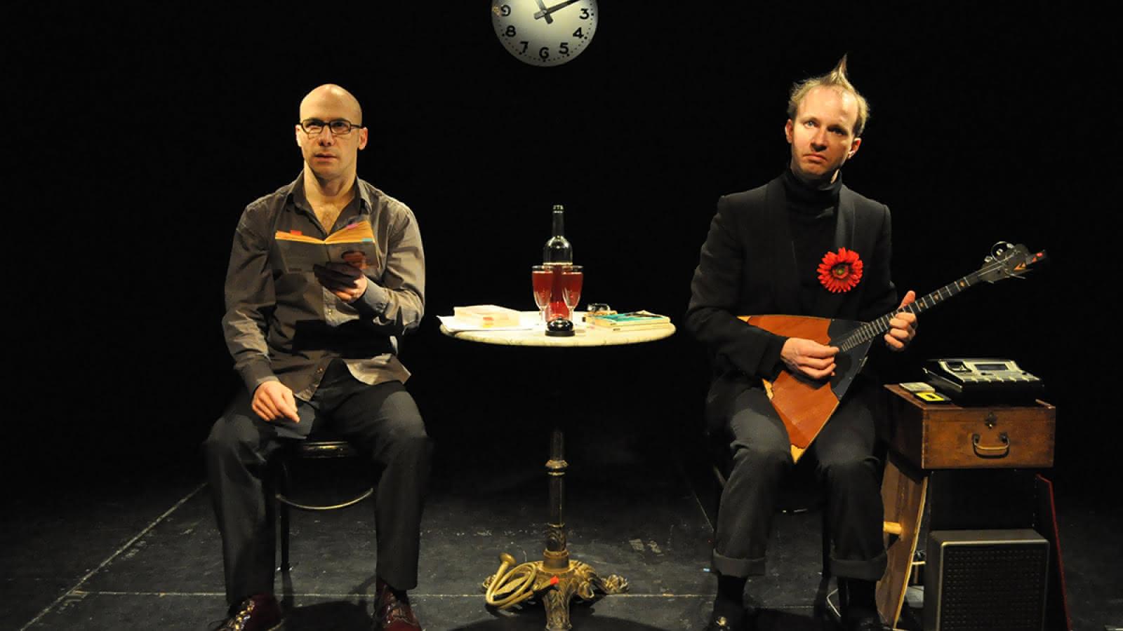 Le 11/11/11 à 11h11 étonnant, non? Cie 11h11 Théâtre