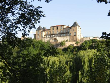 La Mairie-Château de la commune