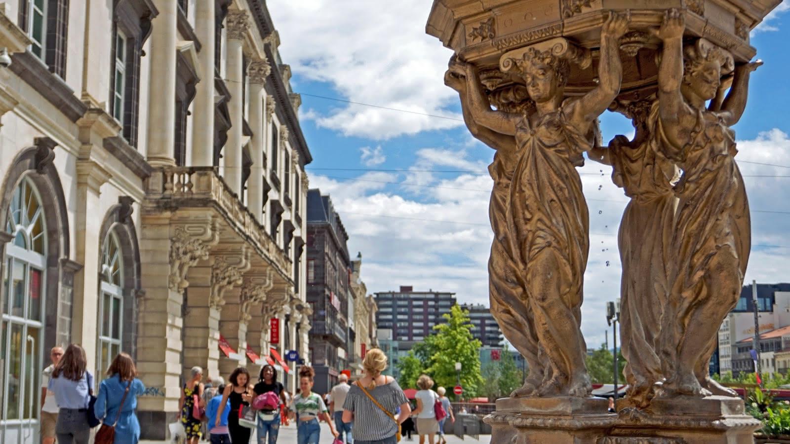 Le centre historique de Clermont en famille