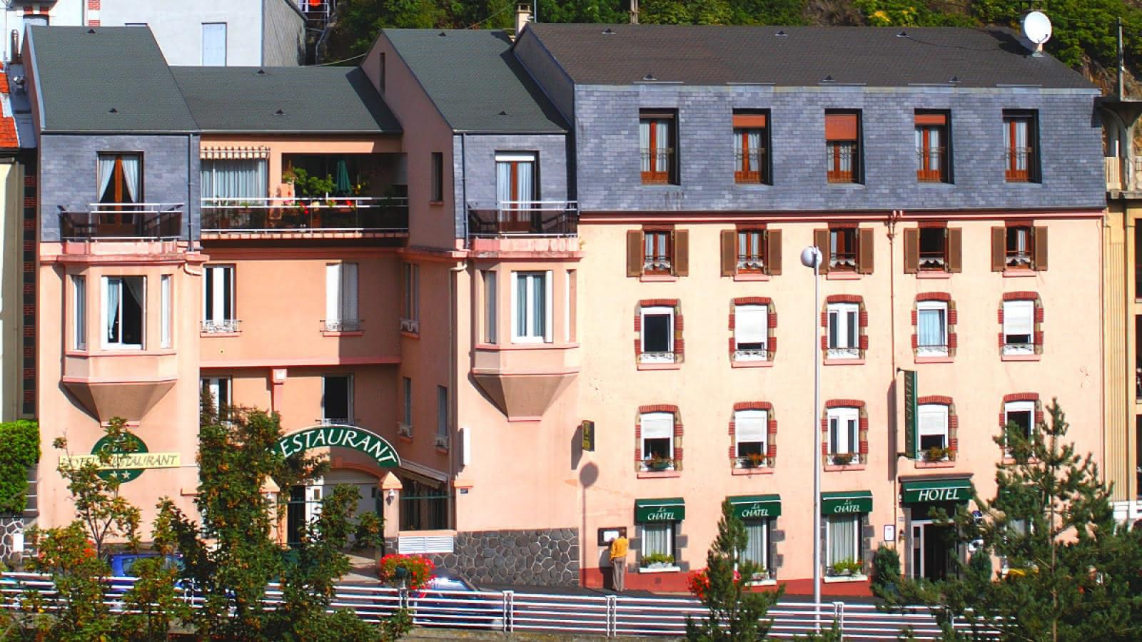 © Hôtel Restaurant Le Châtel