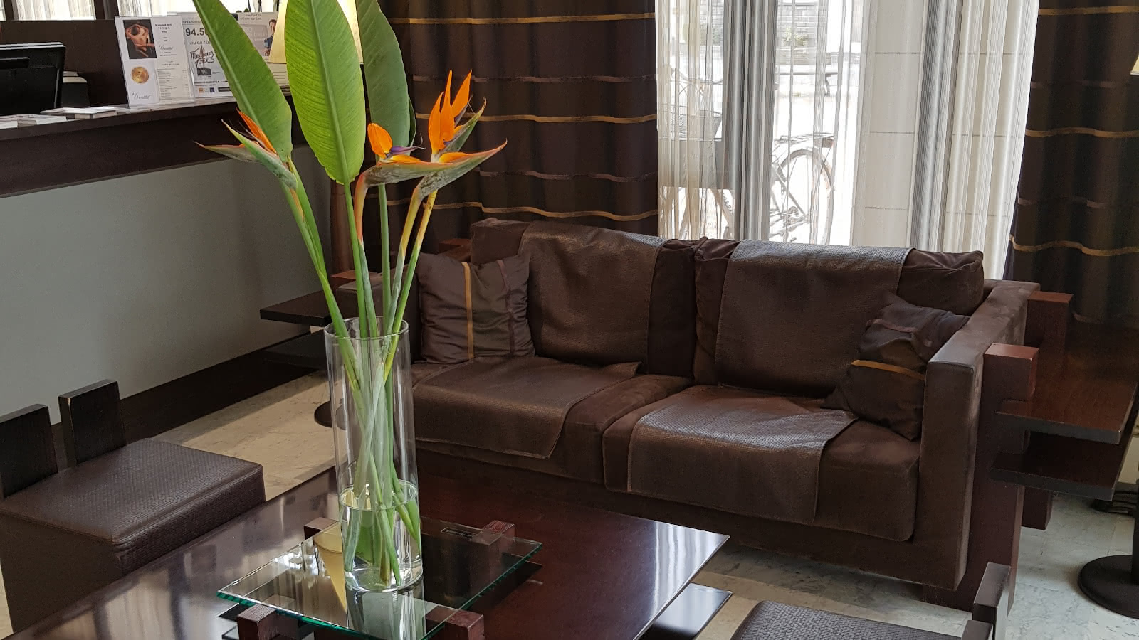 © Réception - Hôtel Kyriad Prestige