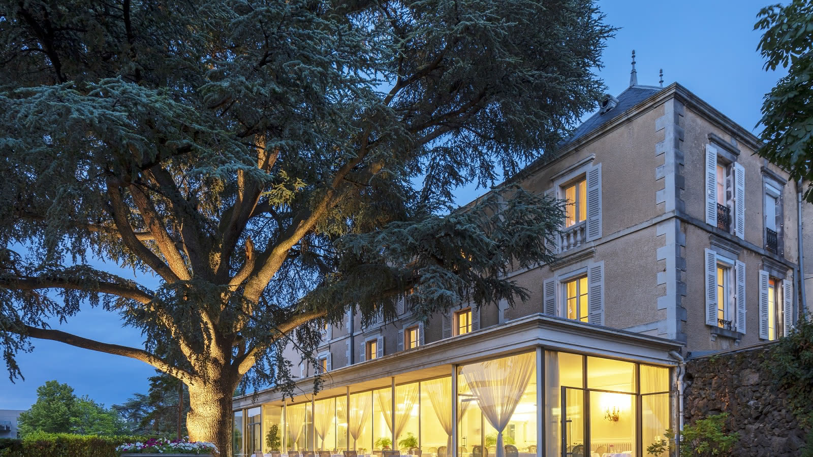 © Hôtel Restaurant Royal Saint Mart