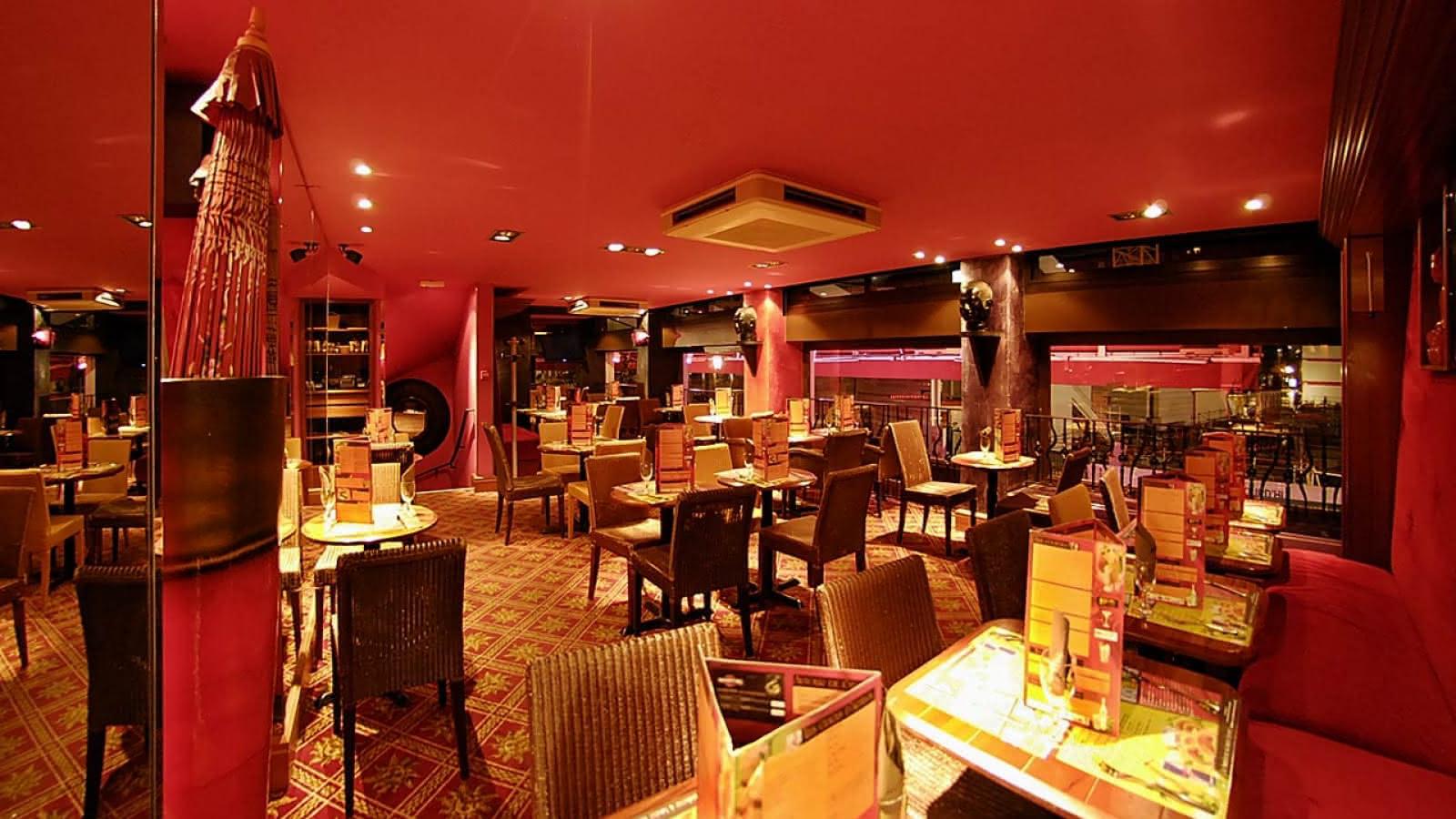 © Salle - Restaurant -Garden Ice Café