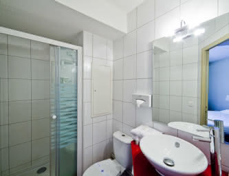 Salle de bain - Hôtel Ibis Style - Brézet