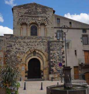 Abbatiale Saint-Pierre