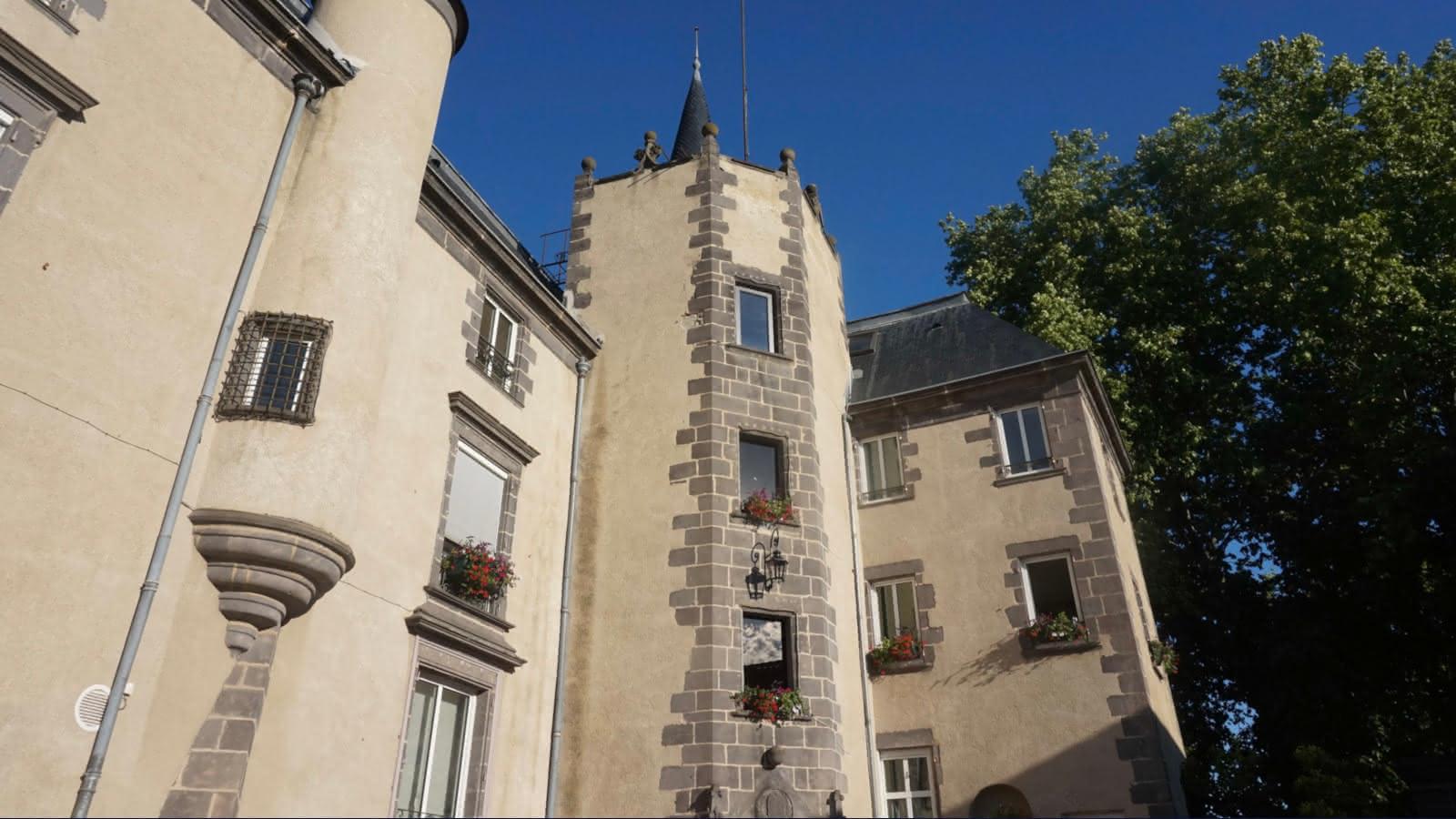 © Mairie-Château