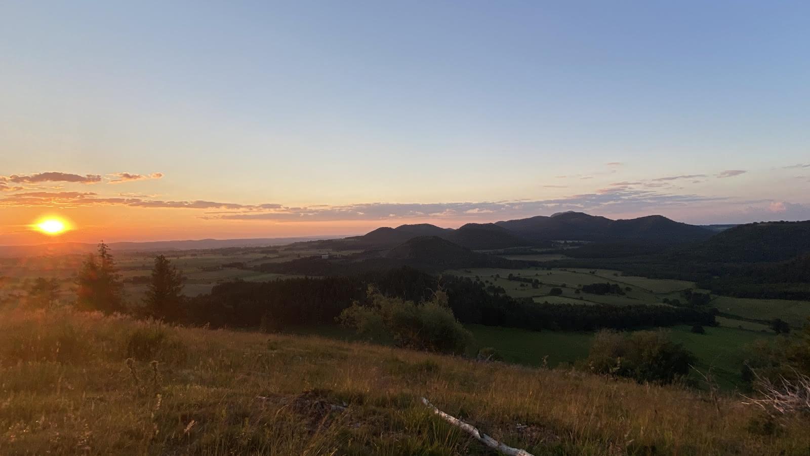 © Lecture de paysage au Puy de Combegrasse