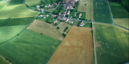 Les voies de l'archéologie aérienne